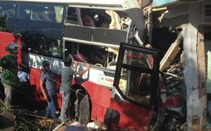 Xe khách Phương Trang đối đầu xe Thành Bưởi: 2 nạn nhân tử vong, nhiều người khác nguy kịch