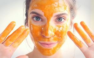 Từ ngày dùng mật ong rửa mặt, da mặt tôi có sự chuyển biến kỳ diệu, thật không thể tin vào mắt mình!