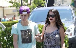 Justin Bieber và Selena Gomez đang tính chuyện mua nhà, chuyển về sống chung