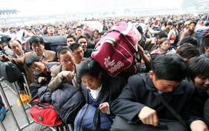 Hình ảnh khủng khiếp từ cuộc di cư về quê ăn Tết của người Trung Quốc