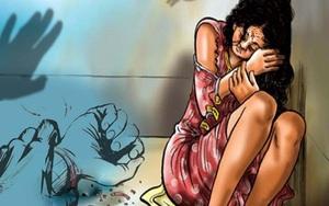 Bắt khẩn cấp đối tượng nghiện, hiếp dâm bé gái trong phòng ngủ