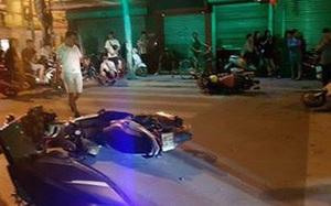 """Hải Phòng: """"Xe điên'' đâm hàng loạt xe máy dừng đèn đỏ khiến nhiều người nhập viện"""