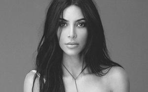 Đạt doanh thu 10 triệu đô ngay ngày đầu tiên, nước hoa của cô Kim hết hàng chỉ sau 5 ngày bán