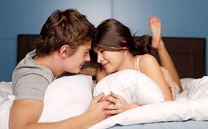 """Còn """"lên giường"""" theo kiểu này thì làm sao cùng chồng thăng hoa được phụ nữ ơi"""