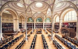 Ghé thăm những thư viện đẹp lung linh huyền bí như lâu đài trong truyện cổ tích