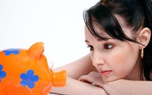 Phụ nữ cho đến khi 30 tuổi phải tích lũy được ít nhất chừng này tiền phòng khi có biến