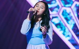 Uyên Linh, Thanh Bùi phấn khích vì cô bé xinh xắn hát cực hay