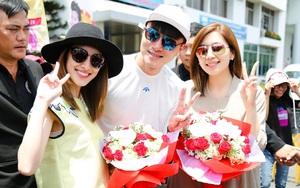 Người hâm mộ chịu đựng cái nóng như thiêu đốt để chào đón 3 ngôi sao TVB