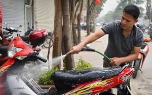 30 Tết, dịch vụ rửa xe hốt bạc, tăng giá 4-5 lần ngày thường