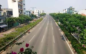 Chiều 30 Tết, Sài Gòn không một bóng người, hàng quán đóng cửa đếm ngược đến thời khắc Giao thừa