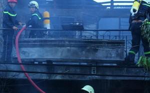 Căn nhà 2 tầng bị lửa thiêu rụi ở Sài Gòn ngày mùng 5 Tết