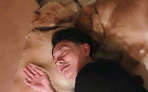 Không ai như Huỳnh Tông Trạch, nhảy múa với cún cưng trên phim trường