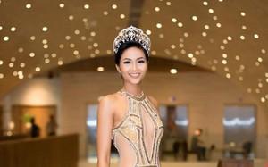H'Hen Niê xuất hiện tựa 'nữ thần' với váy áo xuyên thấu gợi cảm tại sự kiện