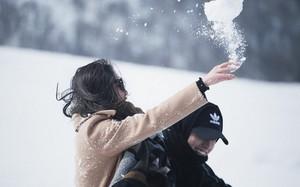 Mặc mọi đồn đoán, Văn Mai Hương và Bình An lại tung ảnh tình tứ đẹp như phim