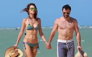 """Sau 10 năm vợ chồng hạnh phúc, """"thiên thần nội y"""" Alessandra Ambrosio tuyên bố đã ly hôn"""