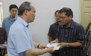 Trung Ương Hội Chữ thập đỏ Việt Nam hỗ trợ 63 triệu đồng cho nạn nhân thương vong trong vụ cháy chung cư Carina