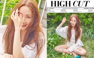 """""""Nữ hoàng dao kéo"""" Park Min Young khoe trọn vẹn nhan sắc đỉnh cao trên tạp chí: Đẹp vừa vừa thôi!"""