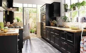 Sử dụng màu đen trong trang trí bếp: Kết quả vừa sạch vừa đẹp đến khó tin