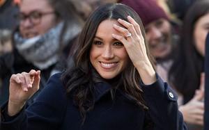 """Không có """"đàn bà đã cũ"""", chỉ có Meghan Markle - người cưới được hoàng tử mà không cần đánh rơi hài!"""