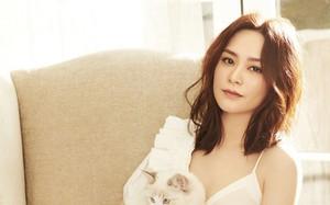 Trước ngày cưới, Chung Hân Đồng khoe nhan sắc đỉnh cao ở tuổi 37