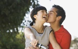 6 điều ai nghe xong cũng lắc đầu bảo không nên nhưng thực chất lại làm cho vợ chồng yêu càng thêm yêu