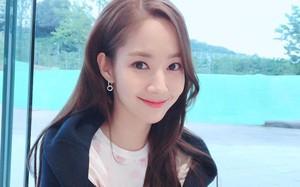"""Nhan sắc thì """"nhân tạo"""" nhưng cách làm đẹp của Park Min Young lại tự nhiên như không, tối giản hết mức"""