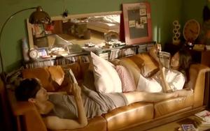 """Hé lộ cảnh nóng bị cắt của loạt phim Hàn nổi tiếng: """"Nóng"""" nhất là cặp đôi """"Hậu Duệ Mặt Trời"""""""