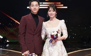 """Rộ tin Song Hye Kyo và Song Joong Ki sẽ cùng nhau tham dự """"Tuần lễ thời trang Paris"""""""