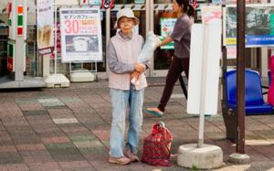 Trẻ sống 1 mình, già chết không ai nhận: Thực tế đau lòng tại Nhật Bản, một trong những quốc gia có dân số già nhất thế giới