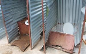 """Sử dụng toilet cũng có thể dẫn đến tử vong: Những cái chết thương tâm do """"hung thần"""" bồn cầu gây nên"""