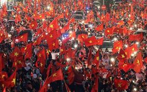 Hàng triệu người đổ ra đường mừng chiến thắng lịch sử của đội tuyển U23