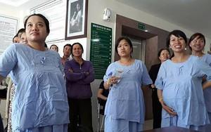"""Bà bầu vừa chờ đẻ, vừa """"quẩy"""" hết mình trong trận bán kết của U23 Việt Nam"""