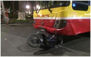 Hà Nội: Xe bus mất lái gây tai nạn khiến cô gái trẻ chết thương tâm