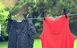 Mùa mưa muốn quần áo nhanh khô và không hôi thì phải làm thế này