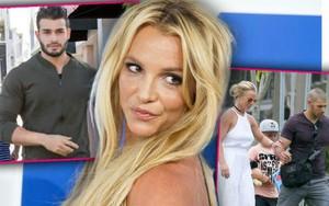 Britney Spears bị đồn hẹn hò cùng lúc với 3 anh chàng gợi cảm