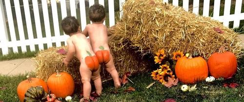 Trào lưu chụp ảnh cho bé sốt xình xịch trong mùa Halloween năm nay, bố mẹ đã biết chưa?