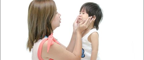 10 kỹ năng sống cần trang bị cho trẻ ngay từ khi 1 tuổi