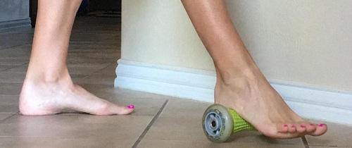 3 bài tập hiệu quả nhất giúp giảm đau bàn chân mà không nhiều sức