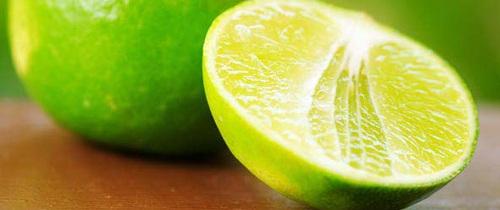 Sử dụng chanh đánh bay mùi cơ thể khi tiết trời ẩm nóng: Bạn cần lưu ý những gì?