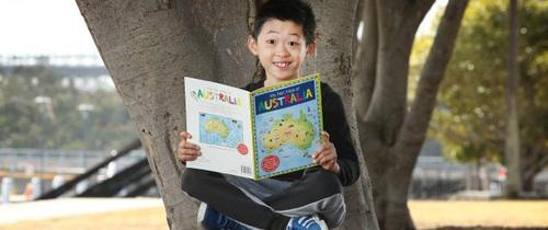 """Thông minh hơn 99% dân số, thần đồng 8 tuổi gốc Việt được mệnh danh là """"Einstein của nước Úc"""""""
