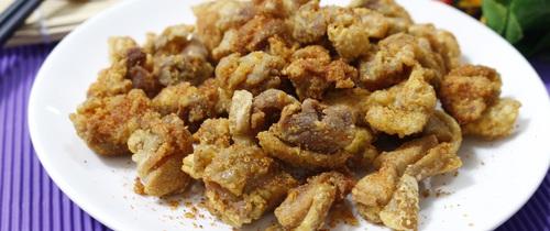 Cuối tuần vào bếp trổ tài làm ngay gà chiên giòn xóc muối ớt ngon quên sầu
