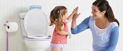Cách tập cho trẻ đi vệ sinh của các bà mẹ trên khắp thế giới