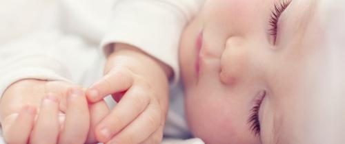 Lịch trình 2 tuần luyện ngủ cho con theo hướng dẫn của chuyên gia giấc ngủ
