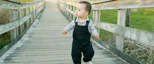 Hướng dẫn bố mẹ cách luyện cơ cho con để bé cứng cáp và nhanh biết đi