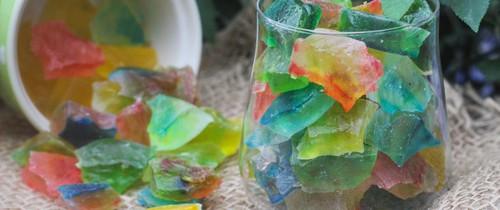 """Biết cách tự làm kẹo """"đá quý"""" vừa đẹp vừa lành cần gì đi mua nữa!"""
