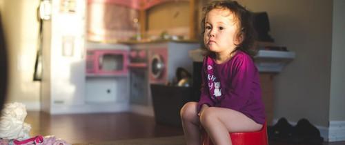 Có 1 bí quyết nhỏ giúp trẻ bỏ bỉm, luyện ngồi bô thành công