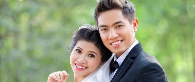 Mối quan hệ 12 năm của cô giáo chủ nhiệm cưới học trò gây sốt MXH