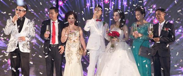 Những cặp đôi bỗng dưng nổi tiếng vì đám cưới xa hoa tiền  tỷ