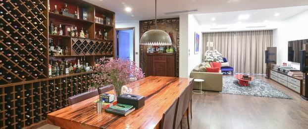 Căn hộ 172m² đẹp và tiện nghi trong từng góc nhỏ của gia chủ mê tranh ở Cầu Giấy, Hà Nội
