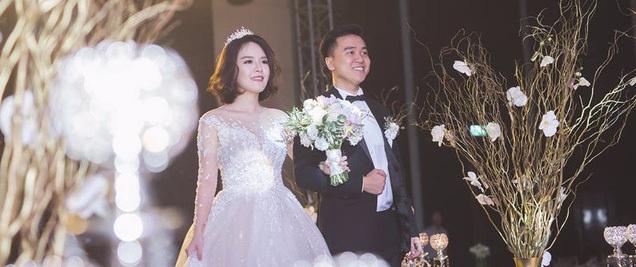 """Đám cưới """"dát vàng"""" của cặp đôi mới gặp lần 2 chàng đã khăng khăng đòi cưới"""